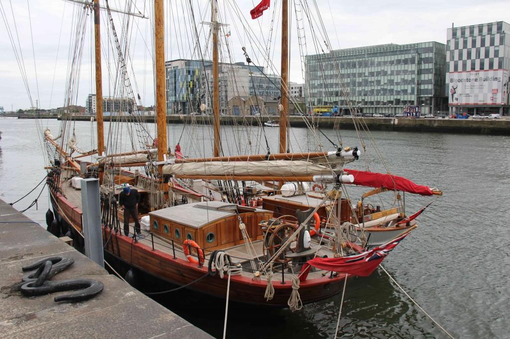 Oude schepen in de haven