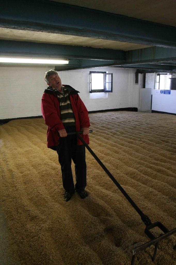 De malting floor van Bowmore.