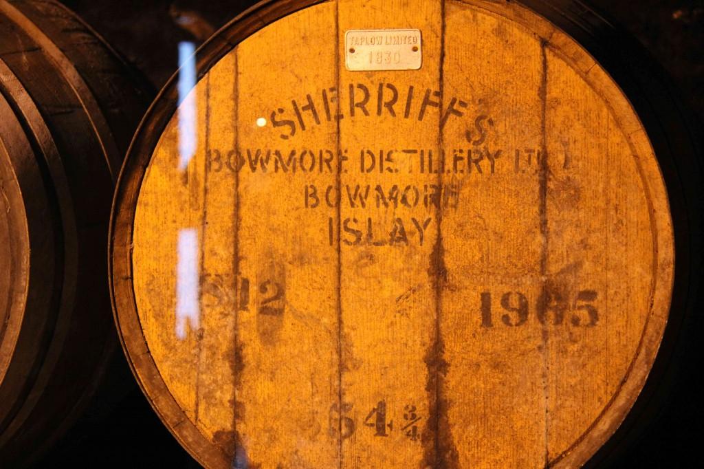Een van de oudste vaten die ze nog liggen hebben, gedistilleerd in 1965...