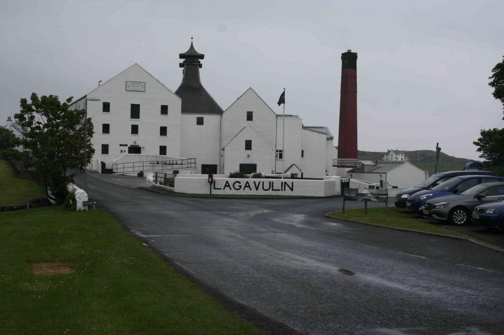 Lagavullin distillery